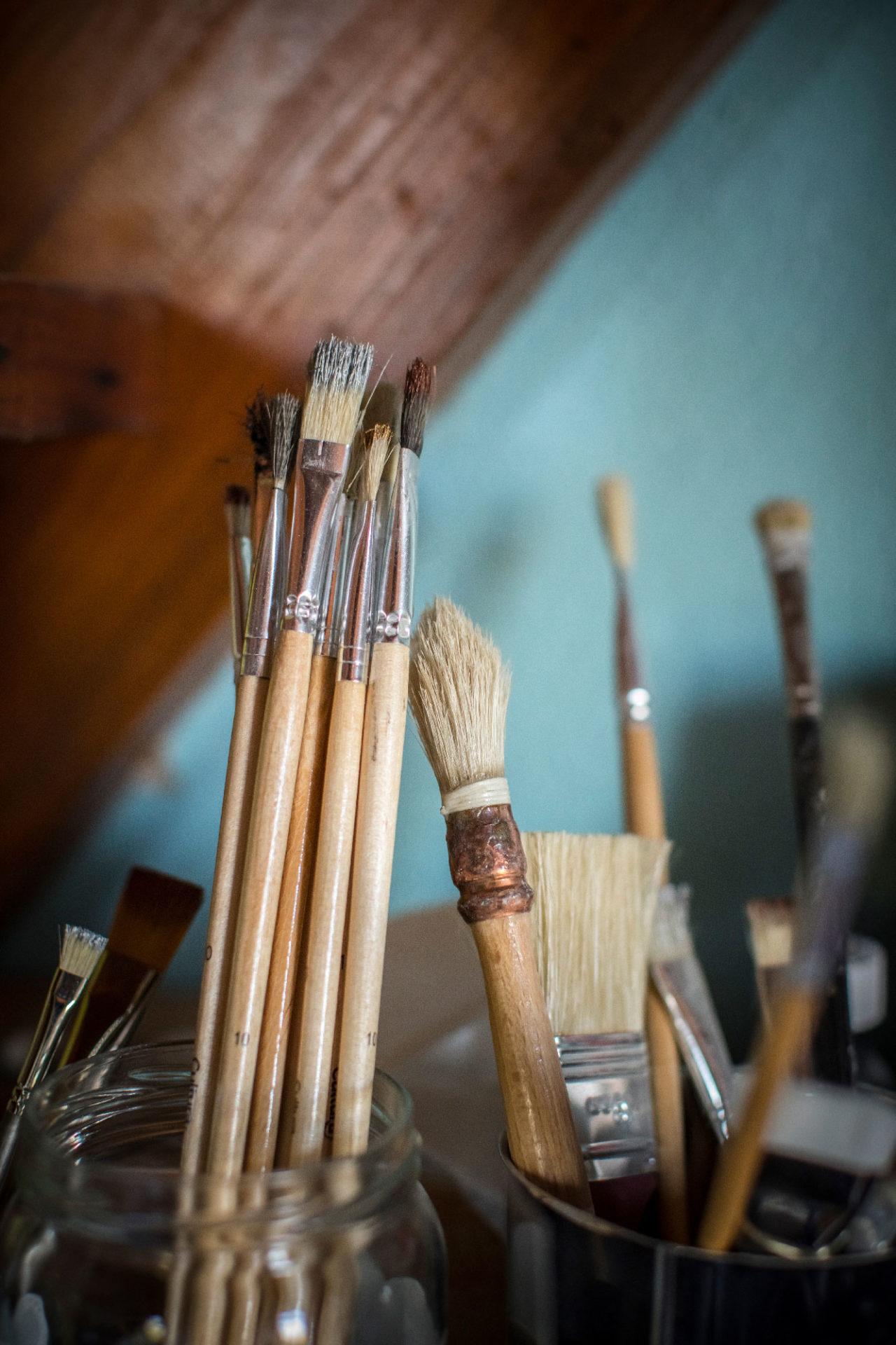 Pinceaux dans l'Atelier